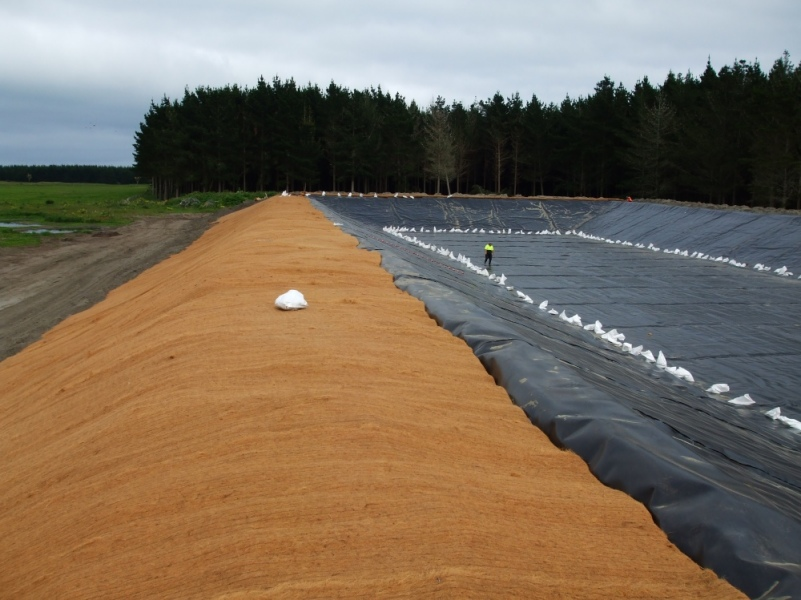 Pond dam liners aspect environmental lining for Ornamental pond liners